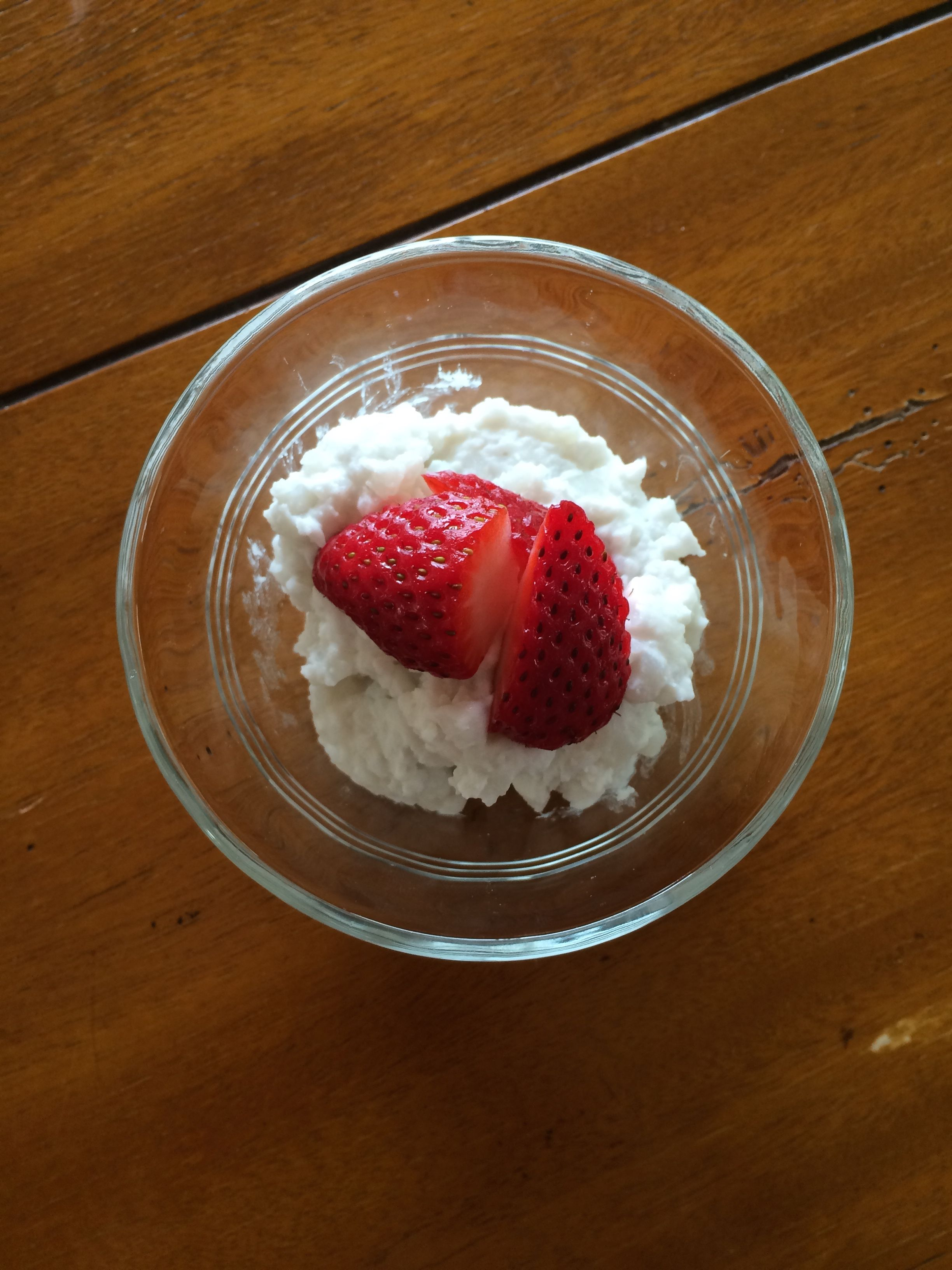 Coconut milk cottage cheese food cottage cheese