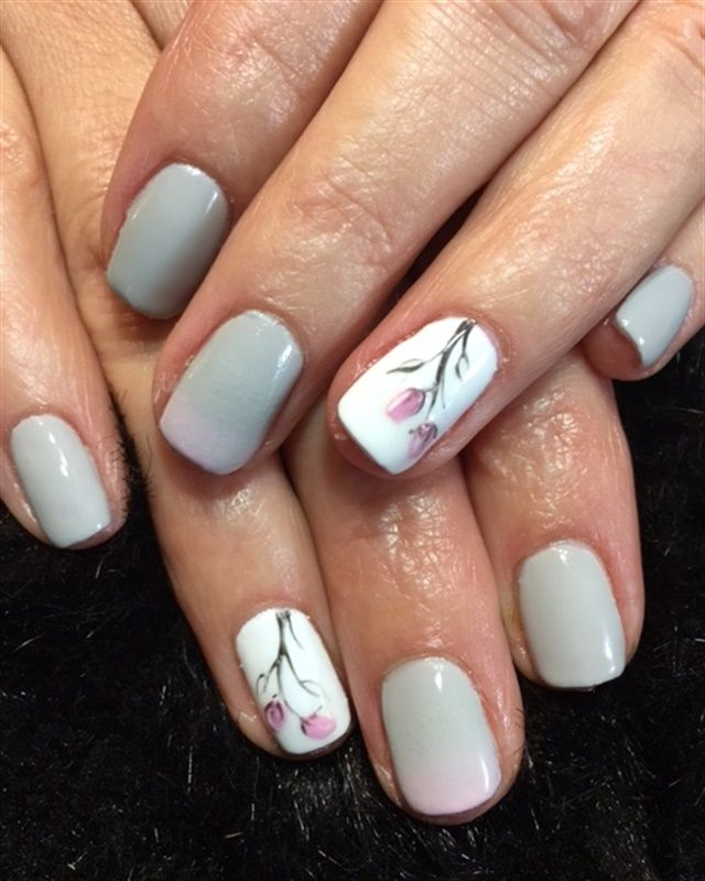 Nail Art 2019: Day 261: Flowers & Shine Nail Art In 2019