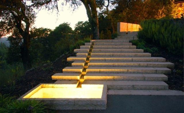 verspielte garten gestaltung treppen bodenbeleuchtung garten hausbau galabau treppe. Black Bedroom Furniture Sets. Home Design Ideas