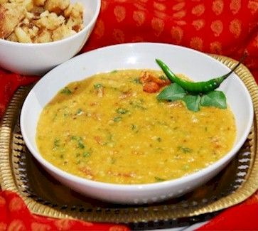 Sweet and sour gujarati tuvar dal looks like a particularly tasty parsi dal is a delicious indian daal recipe cooked with split red lentil masoor dal garlic and spices preparation time 10 minutes cooking time 30 mi forumfinder Gallery