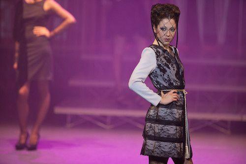 Veste dentelles Unique! Du createur Alen K.   Europe Future Fashion  Oscar spirit