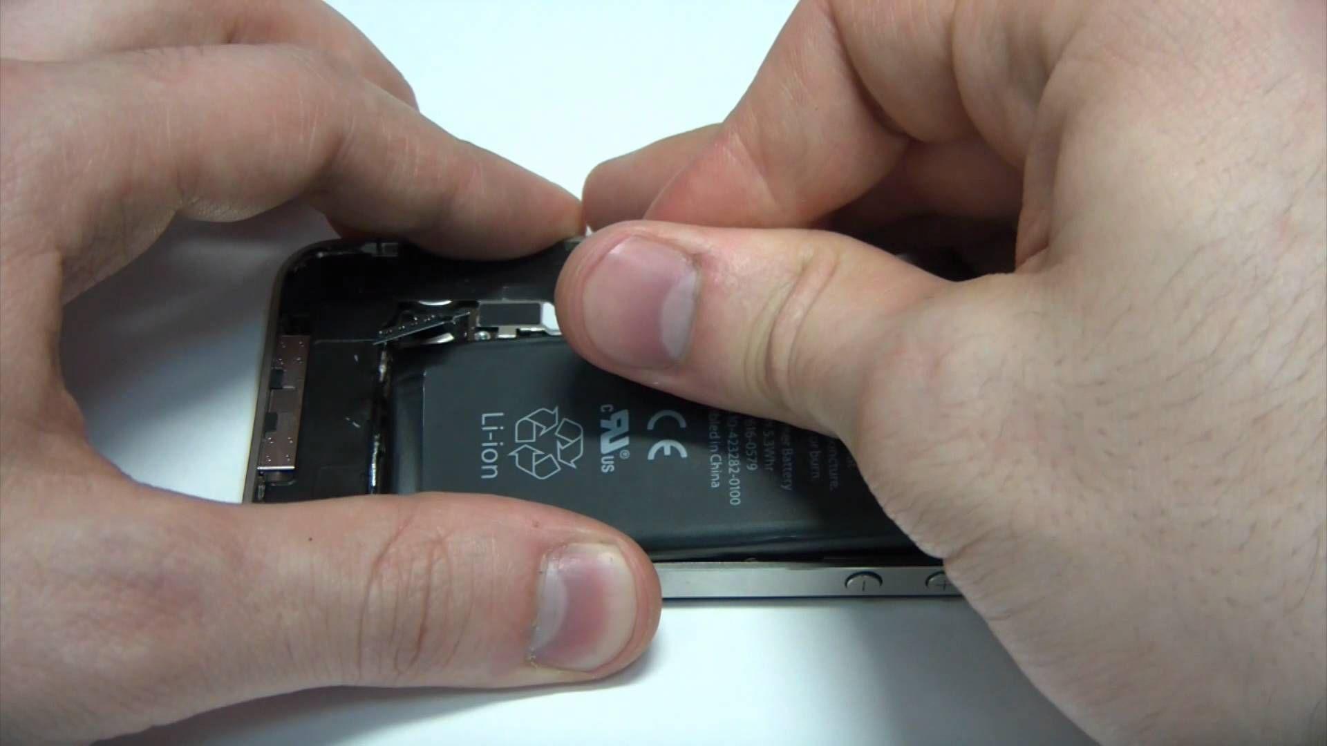замена батарей iphone 4s видео