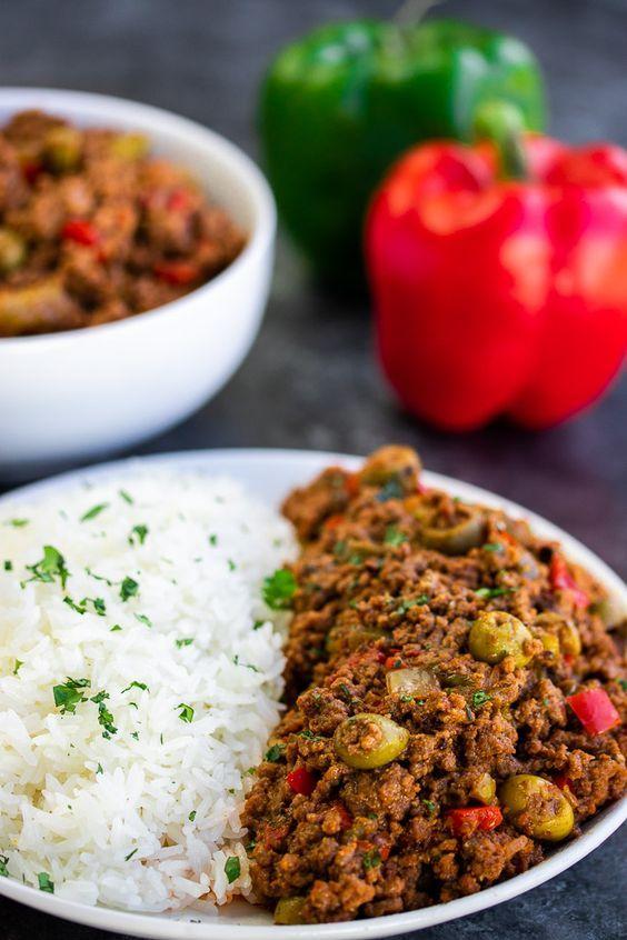 Puerto Rican Picadillo (Spiced Ground Beef) Recipe - Kitchen De Lujo