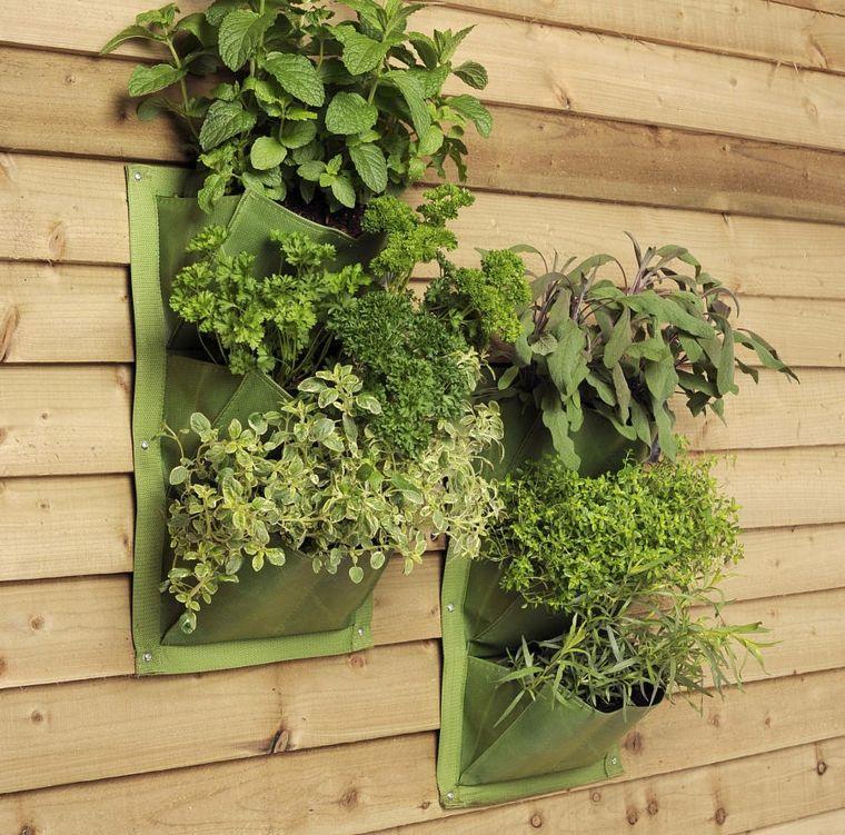aqu estn algunas sugerencias para aprovechar al mximo su espacio de jardn mediante las jardineras verticales no se pierda estas imgenes - Jardineras Verticales