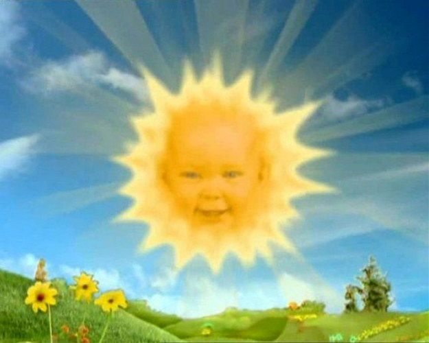 Big News Remember The Giggling Baby Who Appeared As The Sun On The Kids Tv Show Teletubbies Komiks Zastryavshie Doma Nastennye Plakaty Plakat