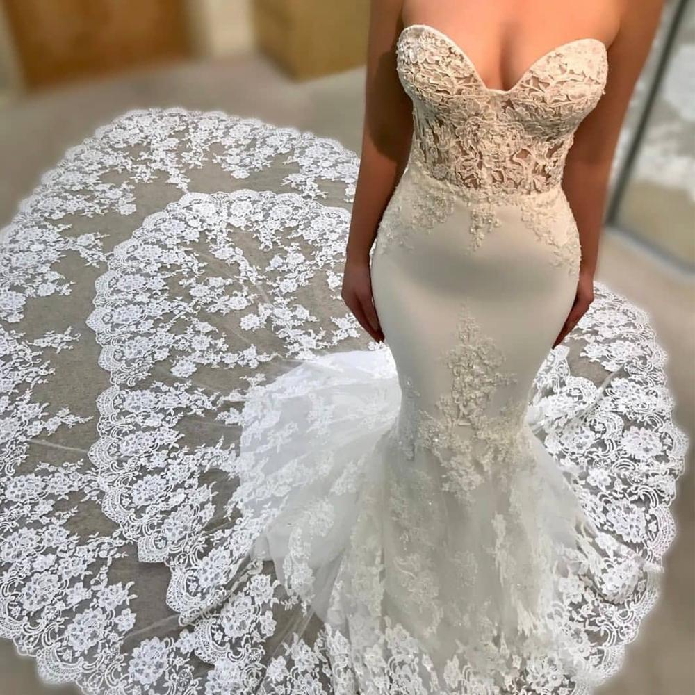 Off White Lace Applique Wedding Dresses Boho Mermaid Sweetheart Neck Elegant Romantic Wedding Gown Lace Applique Wedding Dress Applique Wedding Dress Wedding Dresses [ 1000 x 1000 Pixel ]