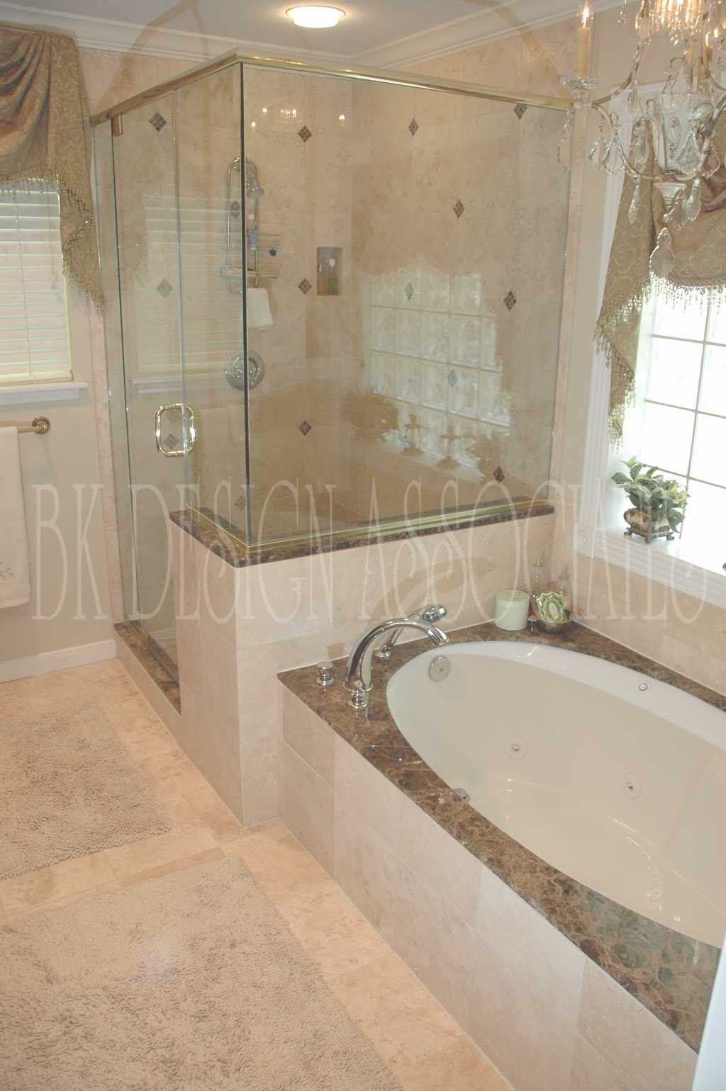 Badezimmer ideen mit wanne  images about master bath remodel on  clawfoot tubs for small