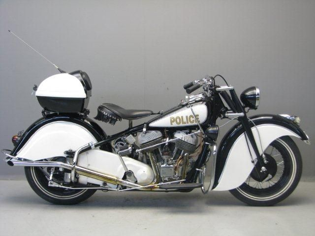 Indian 1948 Chief With Its Massive Skirted Fenders Locomotive Like Torque And Last Of The Bree Vintage Indian Motorcycles Indian Motorbike Indian Motorcycle