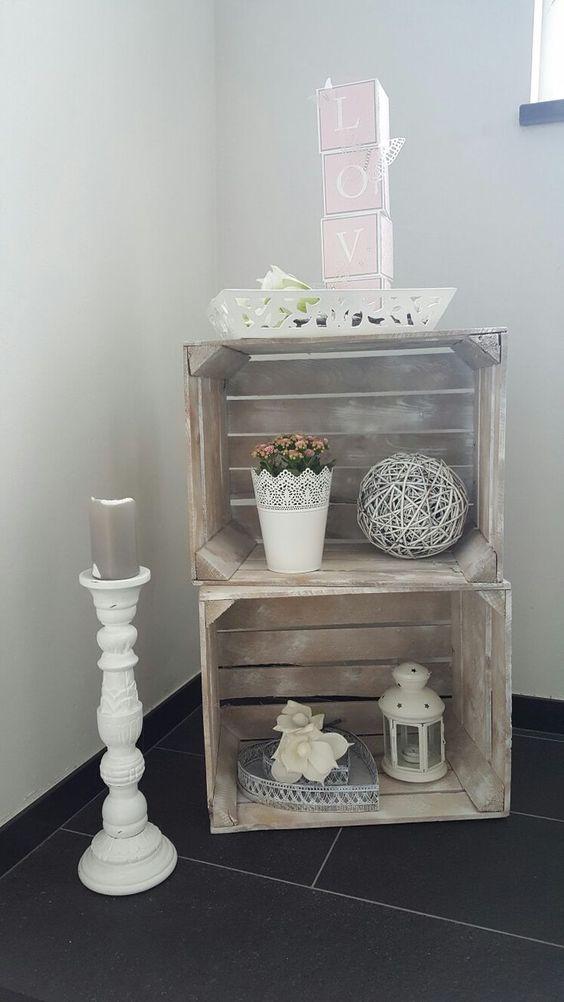 Cottage Style · Dekoration Im Treppenhaus   Landhausstil In Rosa Und Weiß  ähnliche Projekte Und Ideen Wie Im Bild