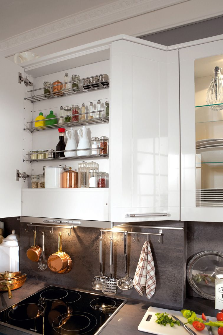 hotte range pices haut les meubles pinterest meuble cuisine mobilier de salon et rangement. Black Bedroom Furniture Sets. Home Design Ideas