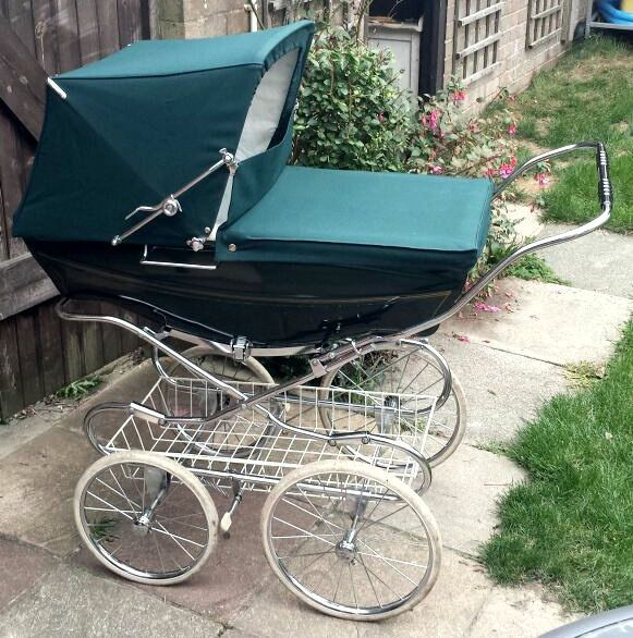 Silvercross Vintage Coachbuilt Pram Racing Green United Kingdom