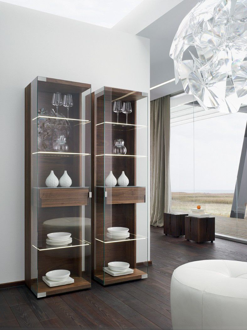 vitrine nussbaum massiv holz glas bei m bel morschett essen pinterest nussbaum. Black Bedroom Furniture Sets. Home Design Ideas