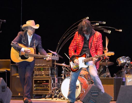 Dwight Yoakam and Eddie Perez
