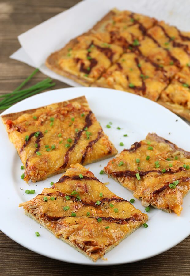 A delicious #keto #dairyfree pizza crust with some amazingly tangy bbq chicken on top. Shared via http://www.ruled.me
