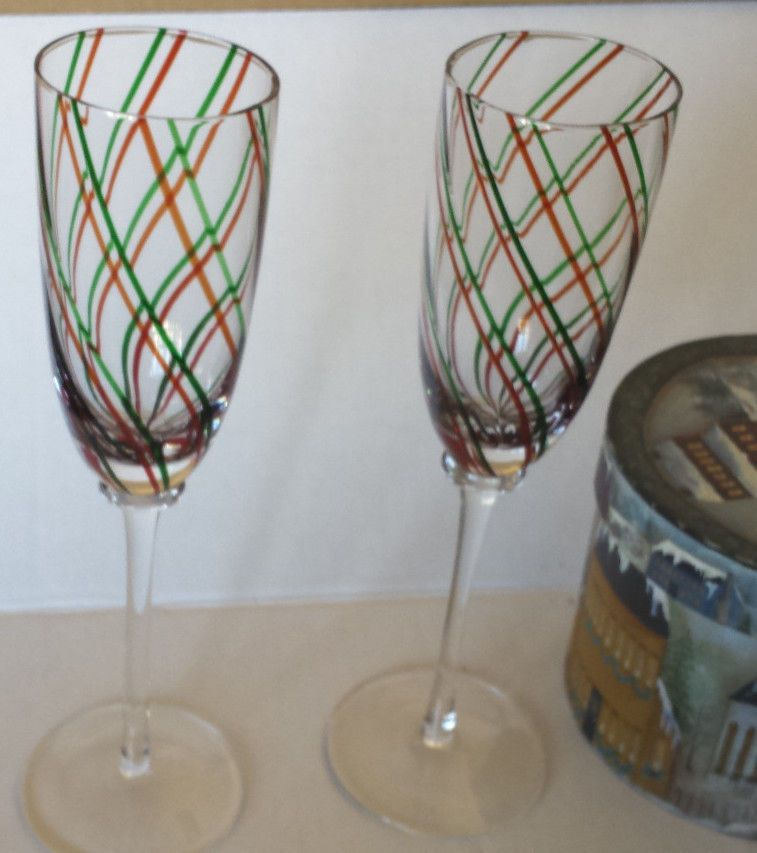 Set Of 2 Red And Green Striped Crystal Champagne Flutes 9 1 2 Holiday Perfect Crystal Champagne Flutes Vintage Glassware Champagne Flutes
