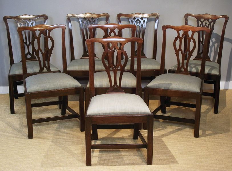 A harlequin set of eight mahogany Chippendale period dining chairs, shaped  head rail over a pierced splat, drop in seat on moulded rails and square ... - A Harlequin Set Of Eight Mahogany Chippendale Period Dining Chairs