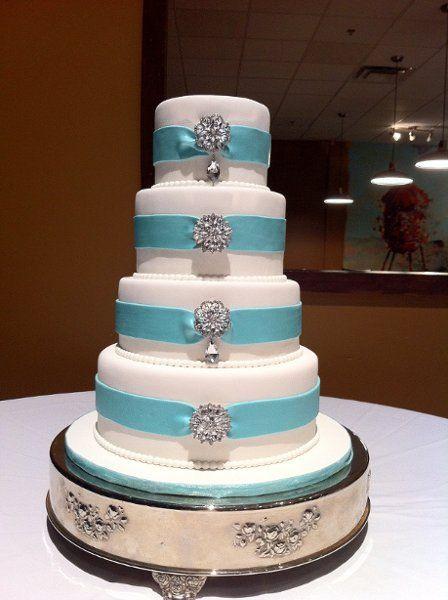 Wedding and Engagement Cakes Wedding Cakes Photos on WeddingWire