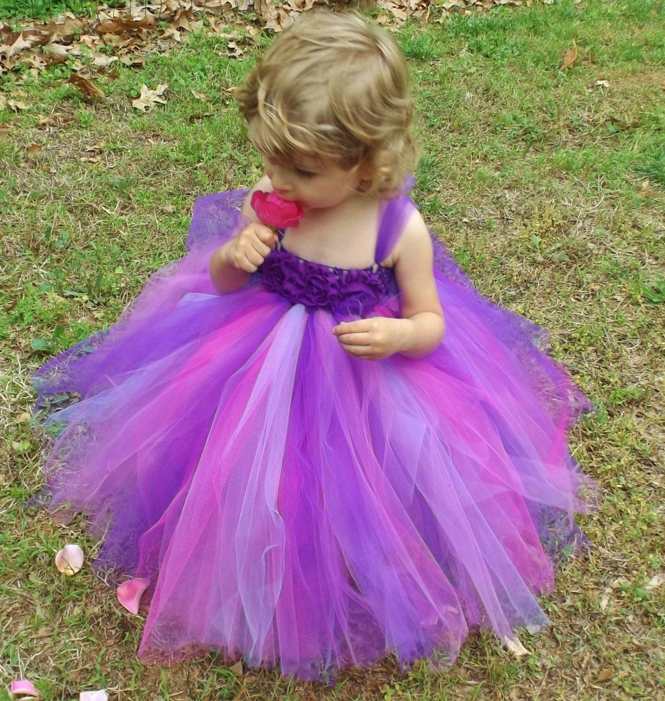 Vestido de púrpura apto para una princesa. Este vestido se hace con ...