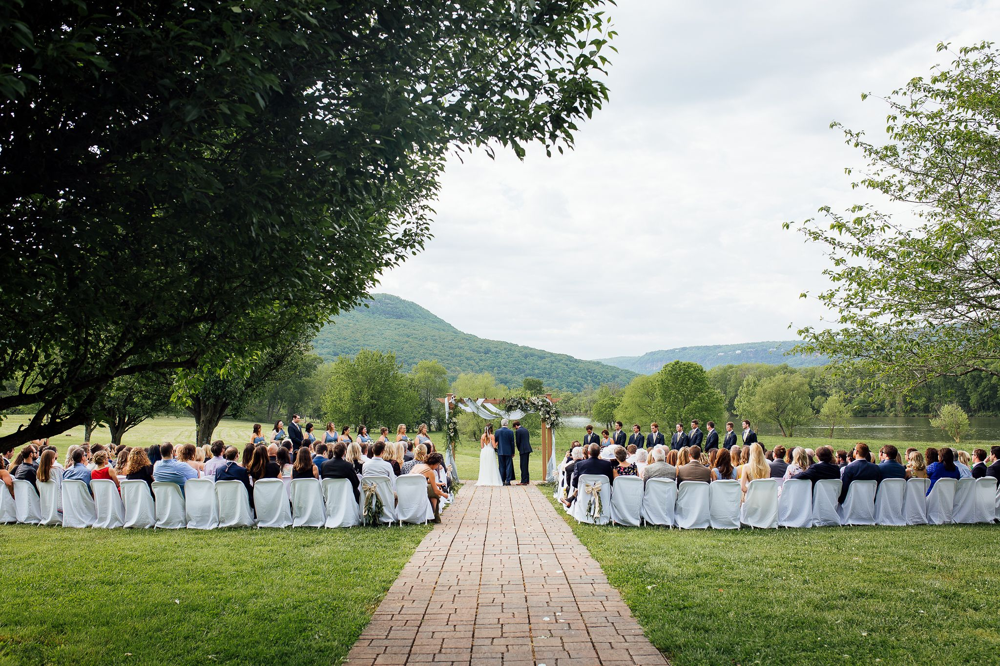 Tennessee River Place Wedding Photos | Chattanooga wedding