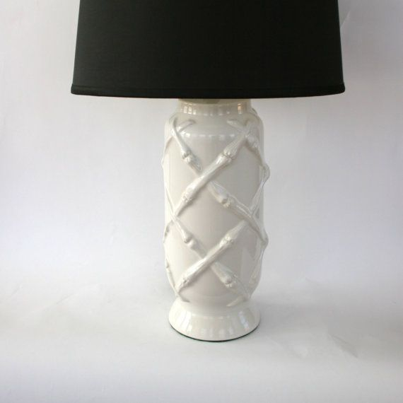 Vintage White Bamboo Lamp Faux Bamboo Ceramic Chinoiserie Mid Century Hollywood Regency Lamp Urn Ginger Jar Vintage Lamp Entryway Bamboo Lamp Lamp Faux Bamboo