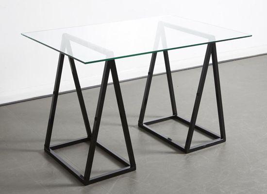 Christopher Duffy crea la adaptable mesa A-Frame