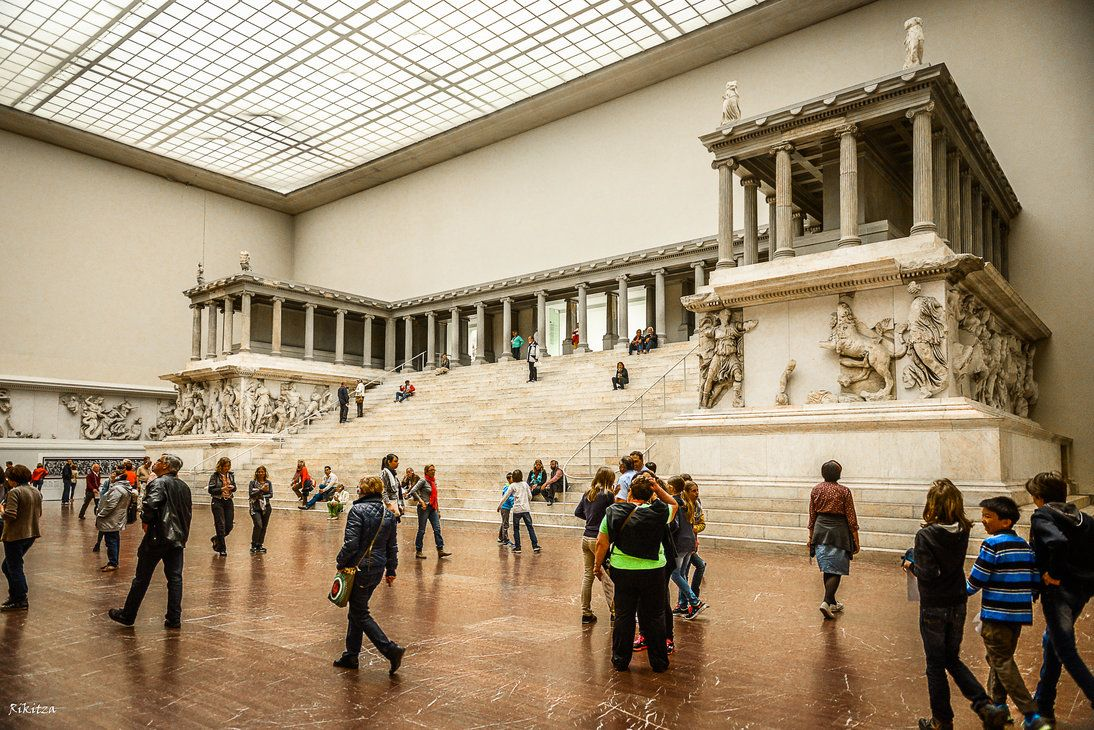 Temple And People At A Museum Museum Pergamon Museum Berlin Pergamon Museum