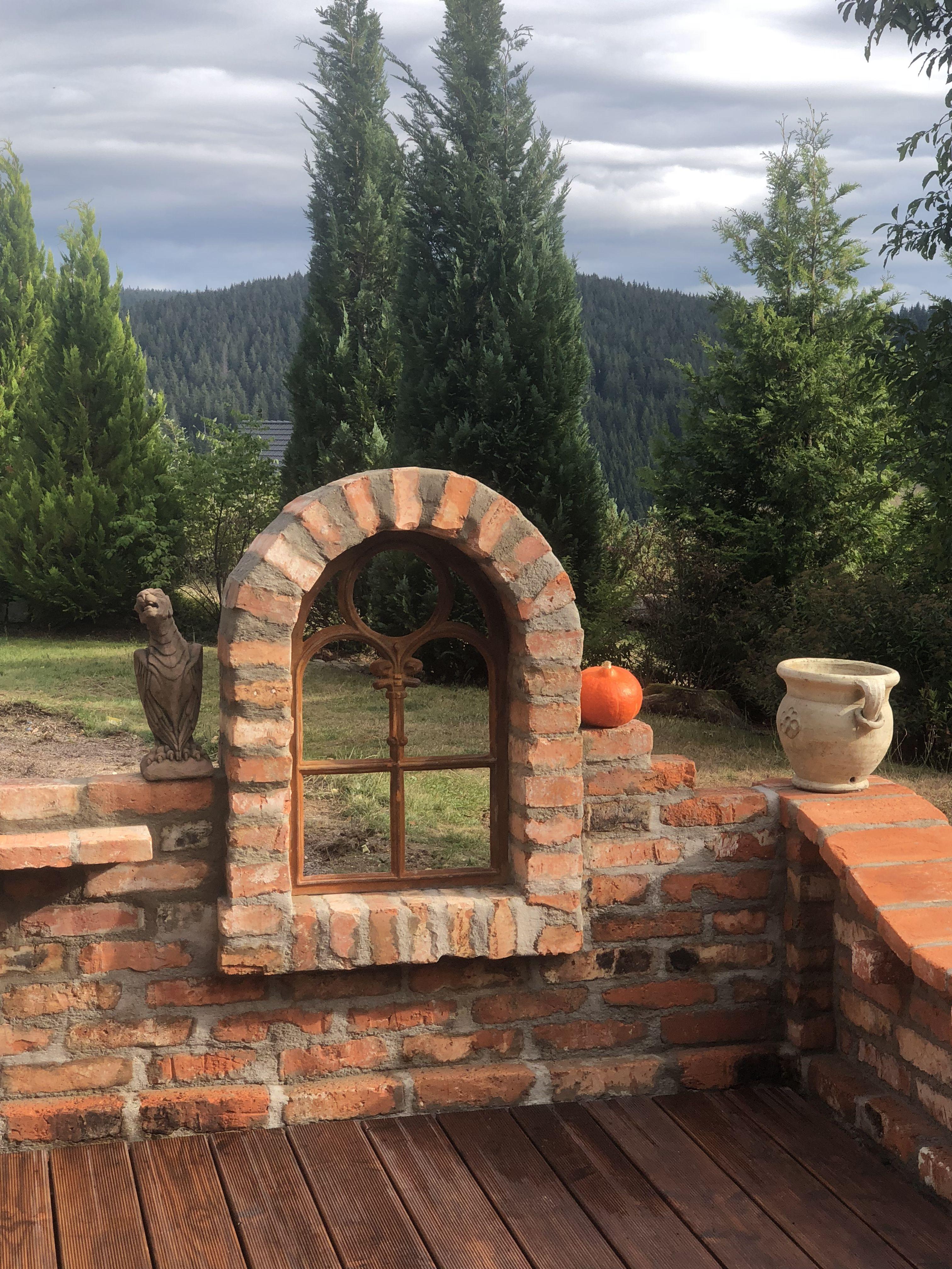 Pin Von Melanie Kluge Auf Gartenideen Mit Bildern Steinmauer Garten Garten Rustikaler Garten