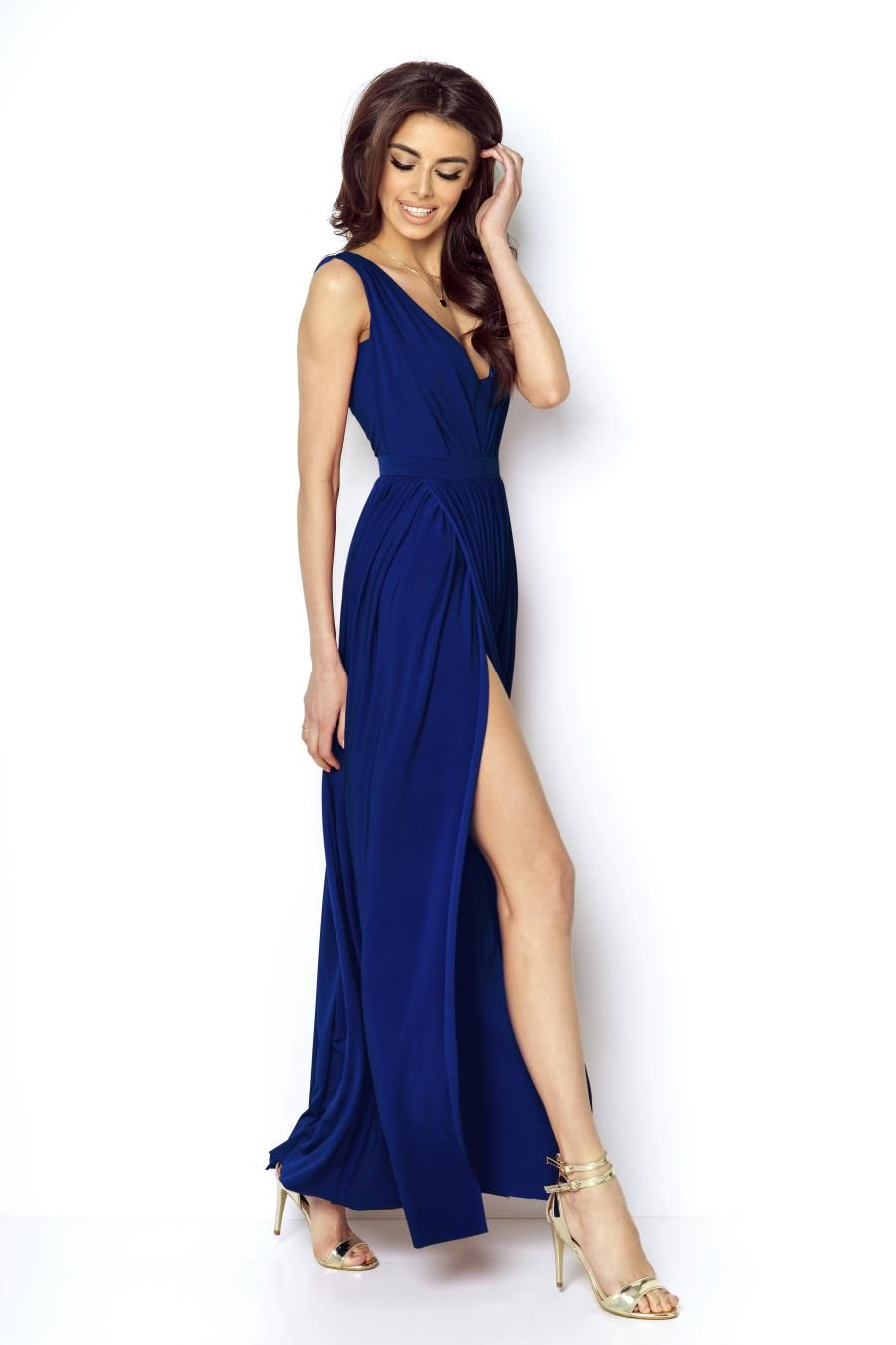 e85b90dc22 Niesamowita Długa Suknia z Dekoltem Kobaltowa 218 in 2019