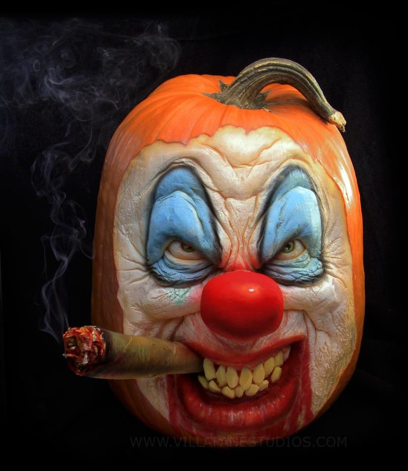 Scary Clown Pumpkin Sculpture/Carving by Ray Villafane | Holiday ...