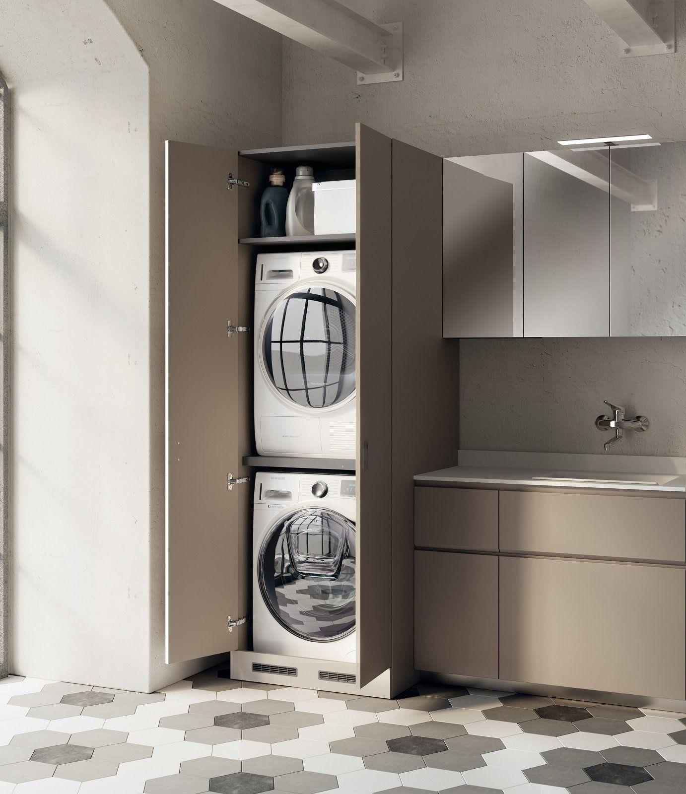 Lavanderia in bagno  studio  Laundry bathroom combo
