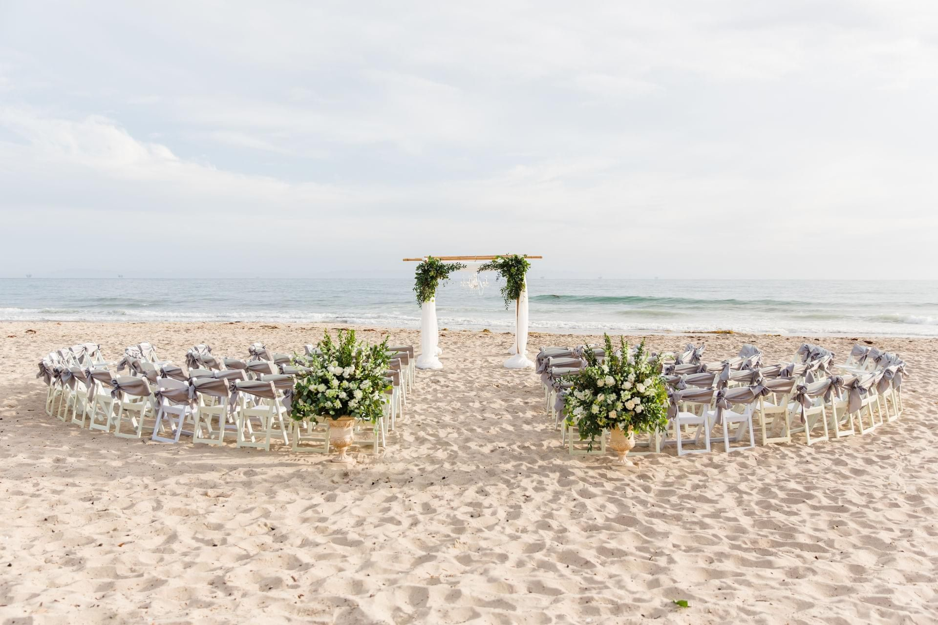 The Smarter Way to Wed Small beach weddings, Real