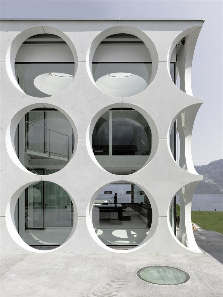 O House, Vierwaldstättersee, 2003 bit.ly/AnbeqA #archilovers #architecture #facades