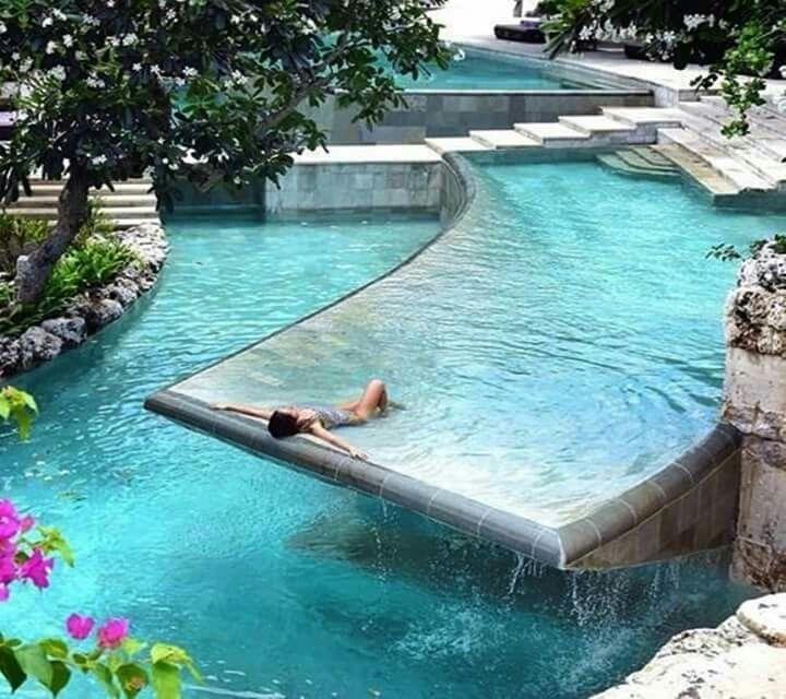 Dream Pool Case Di Lusso Da Sogno