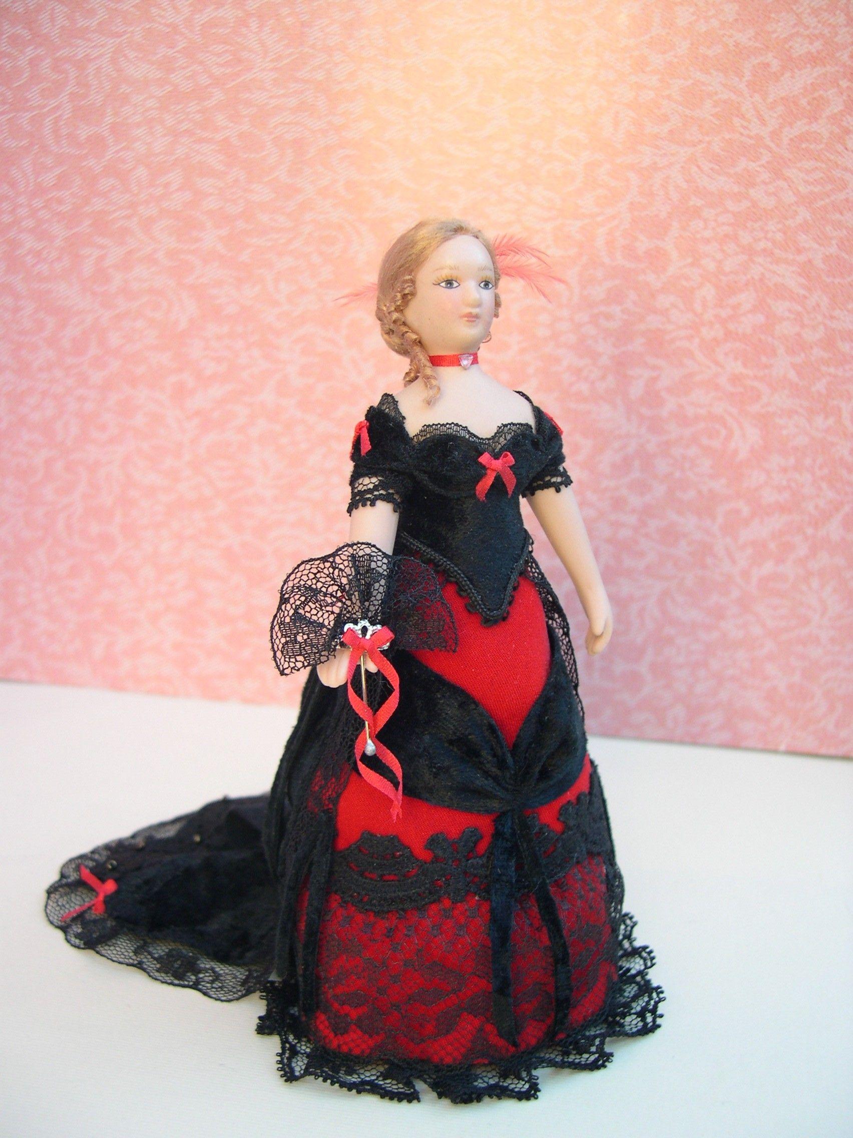 Muñeca vestido de fiesta rojo y negro | miniatüre dám | Pinterest ...