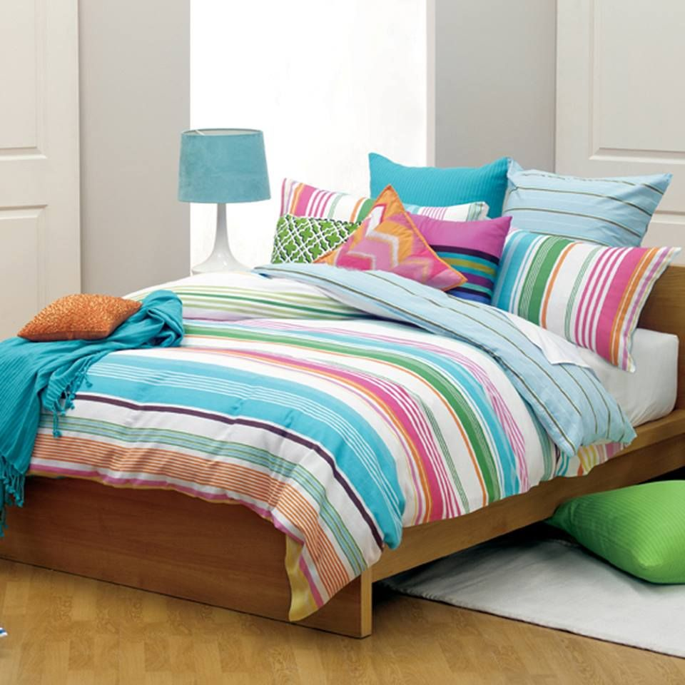 Buy beautiful Bedsheets at Pakiza www.pakiza.co.in