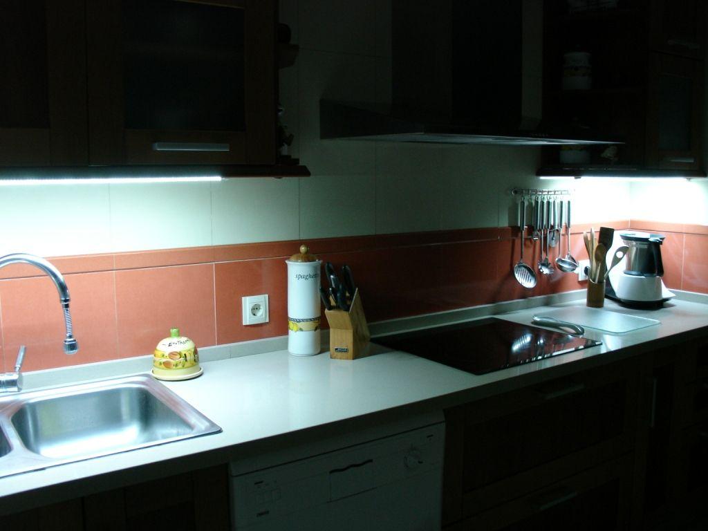 Cocina con iluminacion led casa pinterest led - Iluminacion led malaga ...