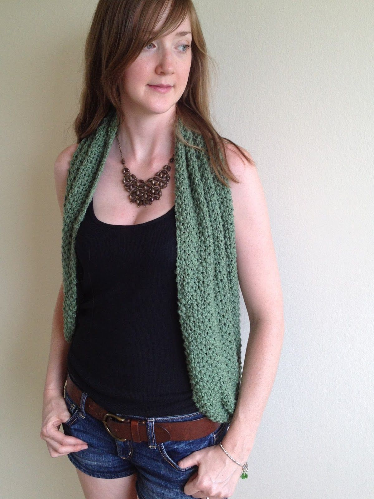 HOW TO WEAR AN INFINITY SCARF How to wear scarves, Scarf