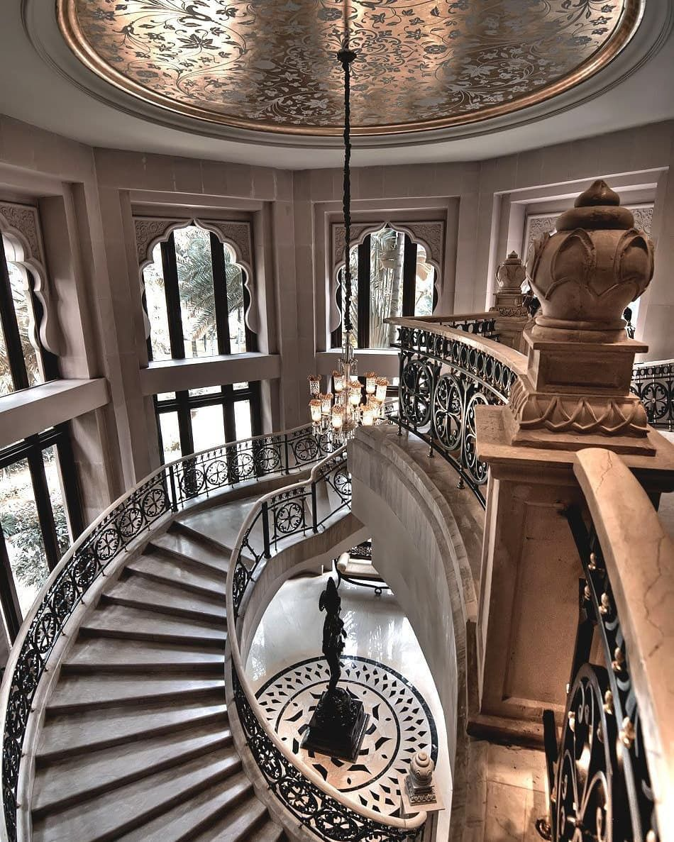 Luxury floating staircase 😍   Double staircase, Grand ...