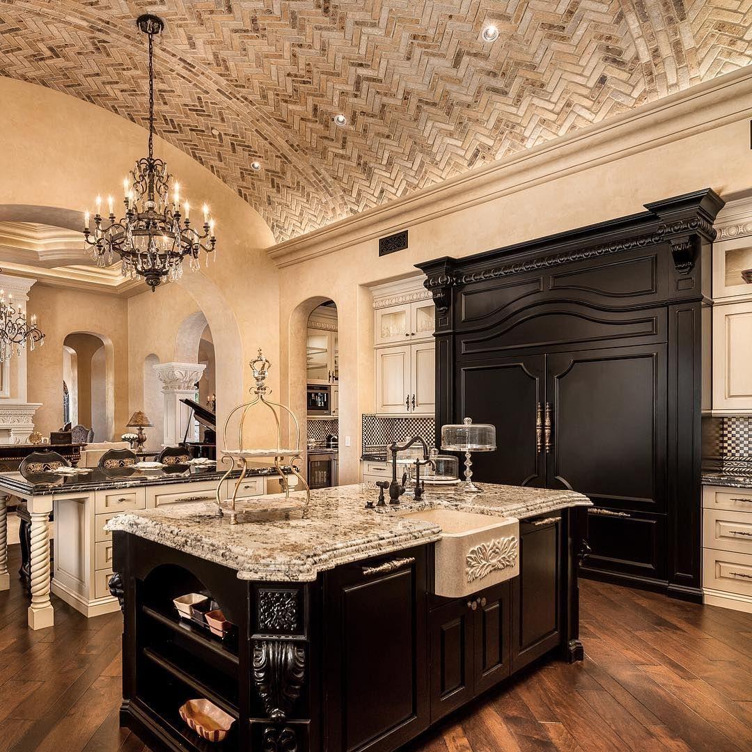 Pin By Jonelle Fields Spann On Kitchens Fancy Kitchens Luxury