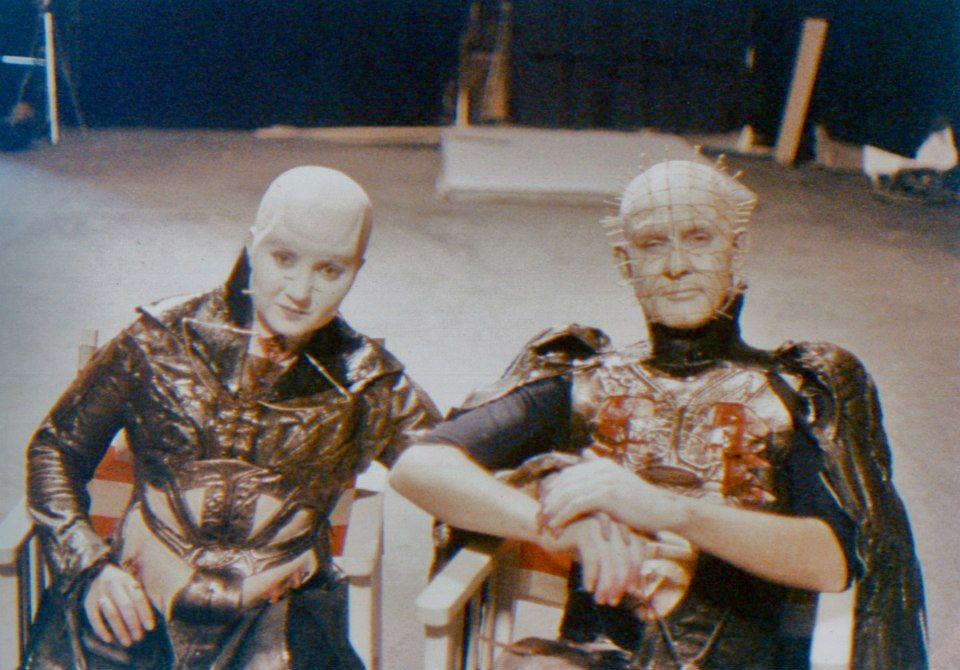 Grace Kirby Female Cenobite And Doug Bradley Pinhead -9195