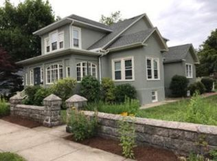 Zillow Has 405 Homes For Sale In New Bedford Ma View Listing Photos Review Sales History And Use Our Detailed Real Estate Fi New Bedford Zillow House Styles