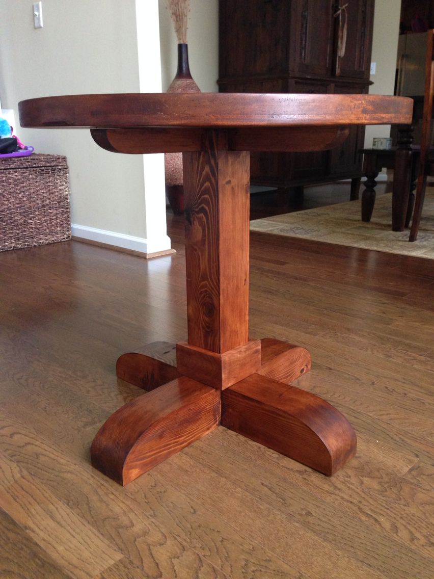 My Shanty 2 Chic Version Of Their Round End Table Made Out Cedar And Finished With Teak Color Brywax No Pocket Holes Used All Glued Mortise Tenon