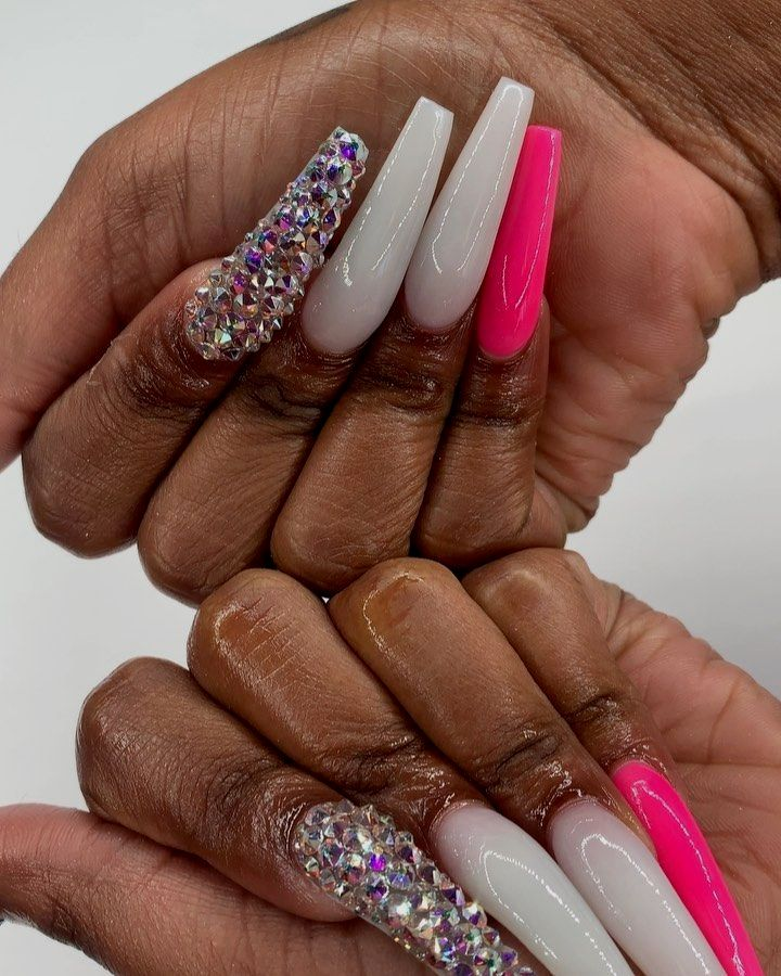 #StarNails #Neon #Nude #AcrylicNails #Coffin #Kylie #