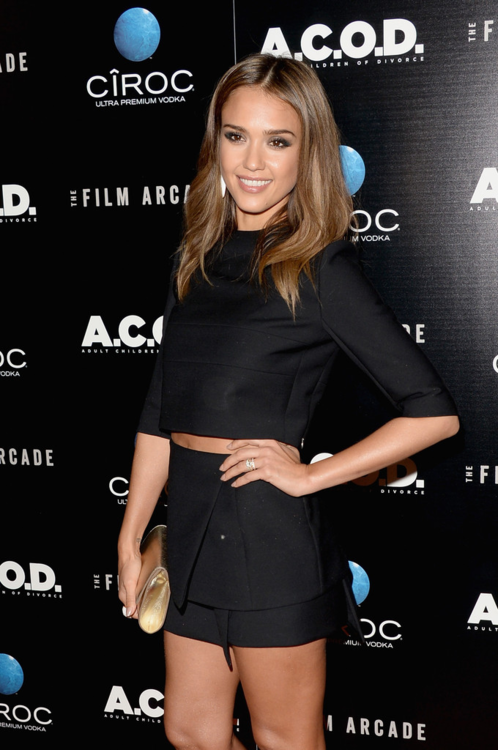 9/26/13 - Jessica Alba at the 'A.C.O.D' Premiere in Los Angeles.