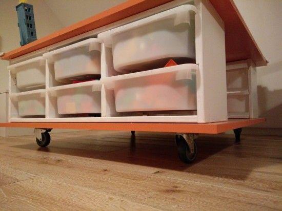fabriquer une table roulettes avec les rangements jouets trofast - Table A Roulette Ikea