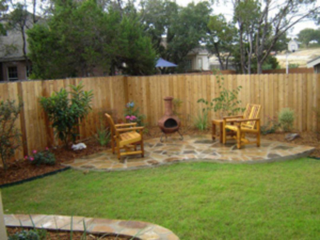 backyard privacy fence landscaping ideas on a budget 271 on backyard garden fence decor ideas id=73543