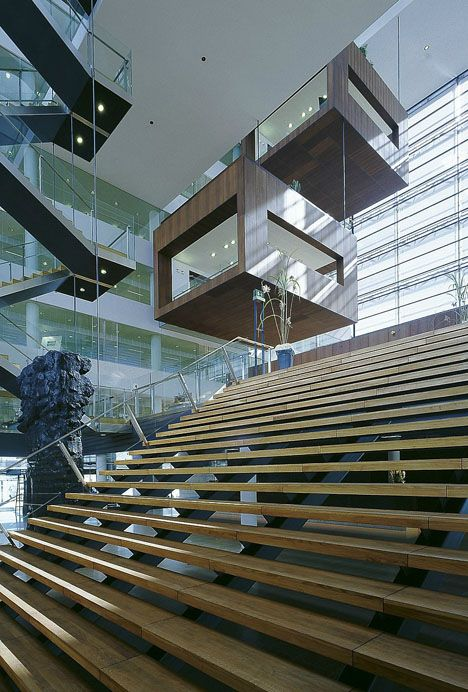 The Joys of Earthquake-Free Architecture - Core77