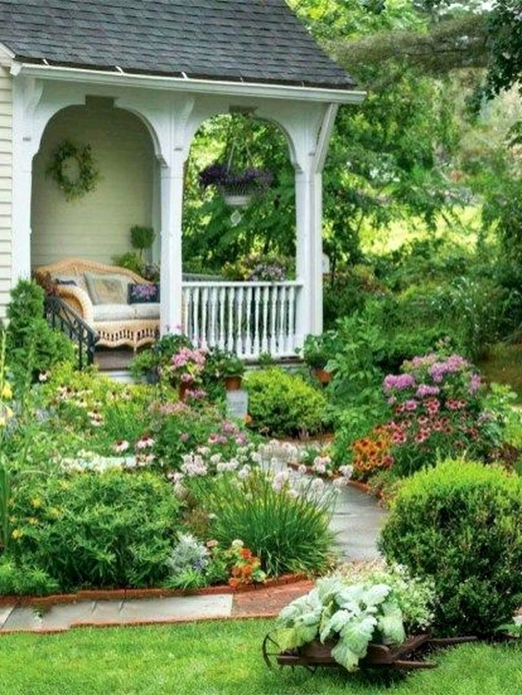 35 Amazing Front Yard Landscaping With Farmhouse Style 31 Best Home Design Ideas In 2021 Farmhouse Landscaping Pathway Landscaping Front Yard Landscaping Design Small farmhouse backyard ideas