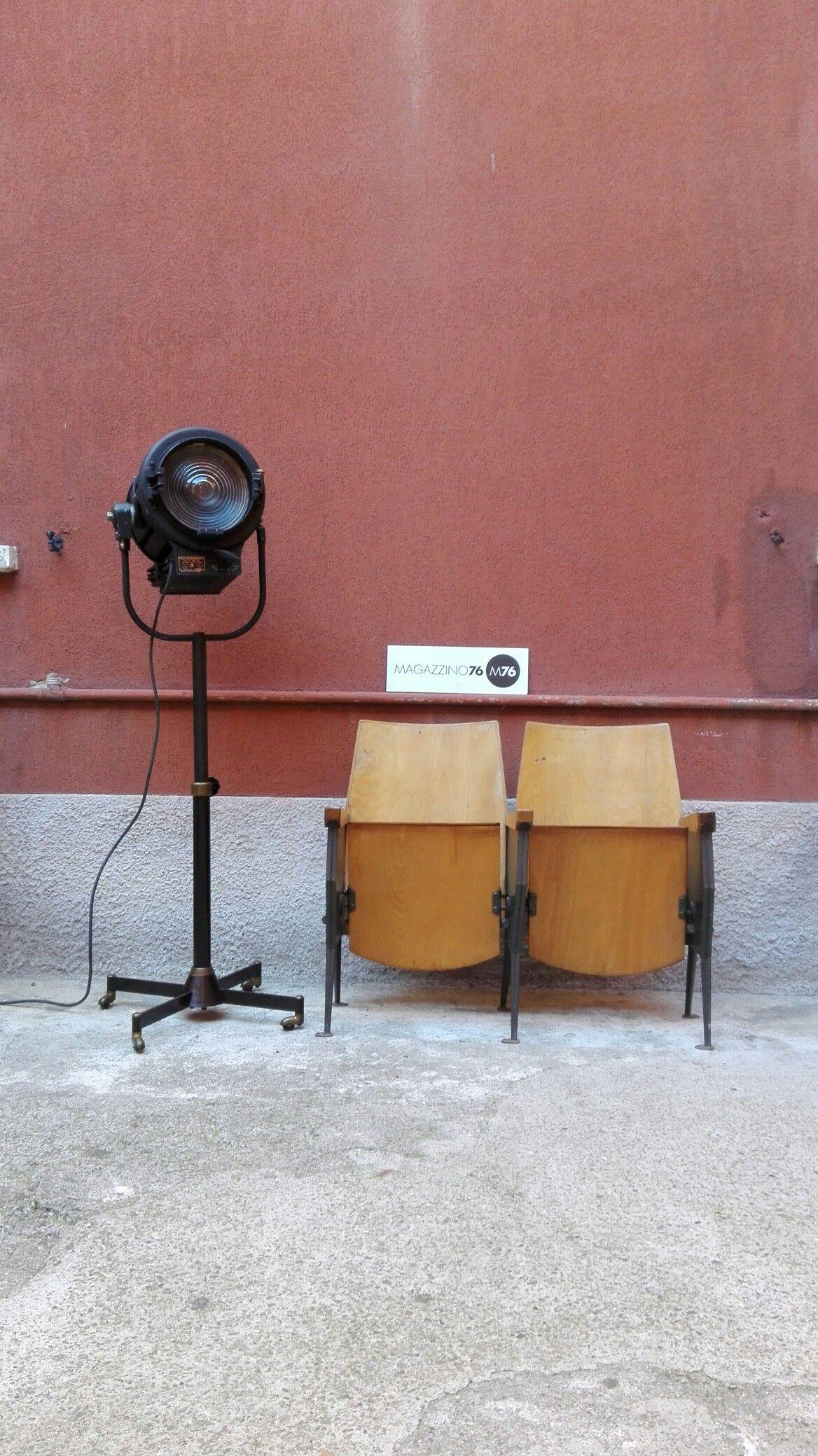 Sedie Da Cinema In Legno.Sedie Da Cinema In Legno E Ferro Anni60 Disponibili File Da 1 2 3
