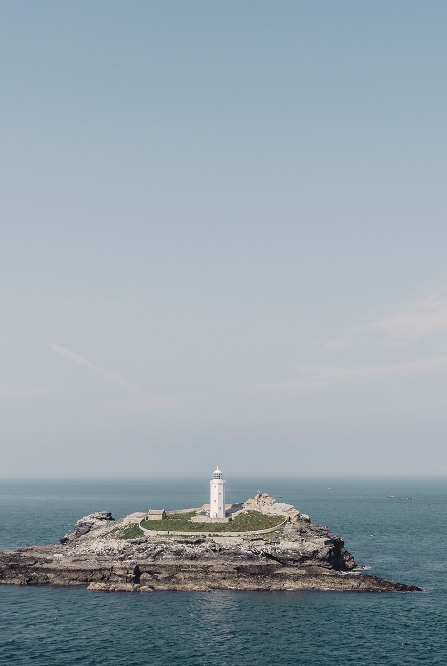 Godrevy Lighthouse in England / photo by Finn Beales